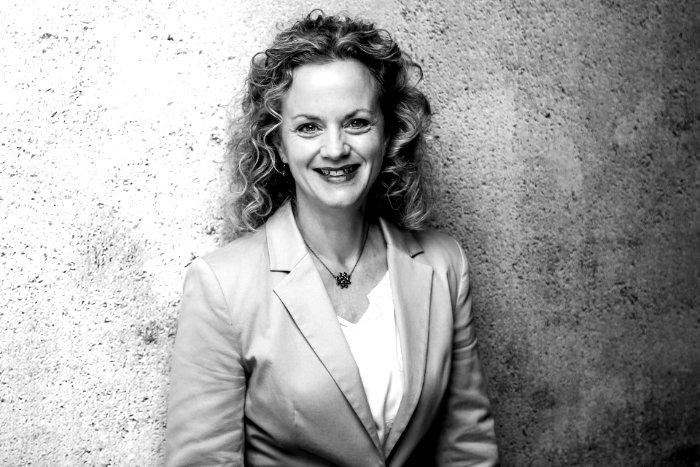 Sylvia Ewerling